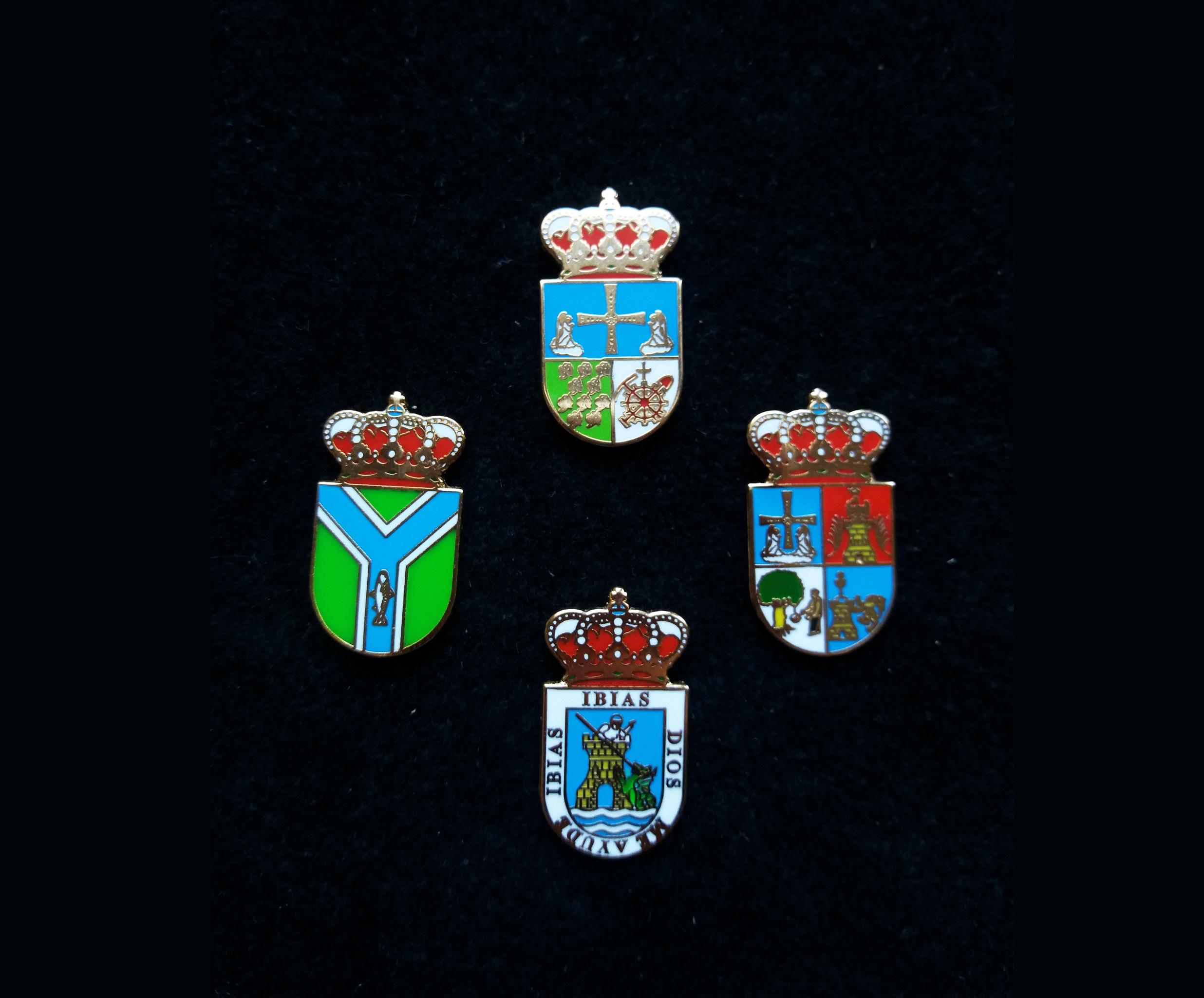Langreo, Ribera de Arriba, Ibias and Illano heraldic pins